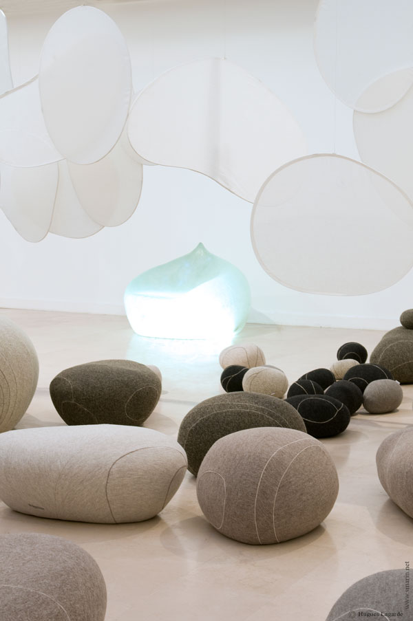 Livingstones - Surrealist Modular Seating by Smarin