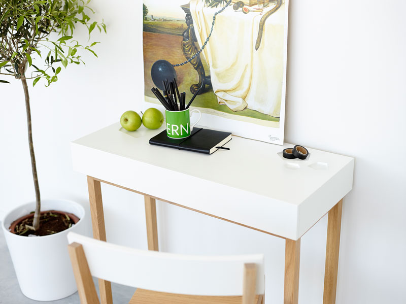 Sneak Peek Desk by A2 / A2 designers AB