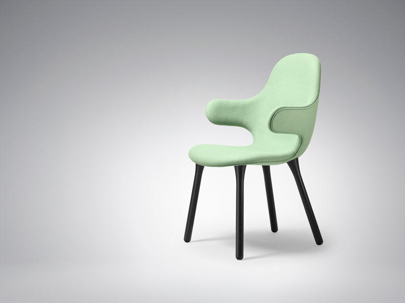 Catch Chair by Jaime Hayon for &tradition