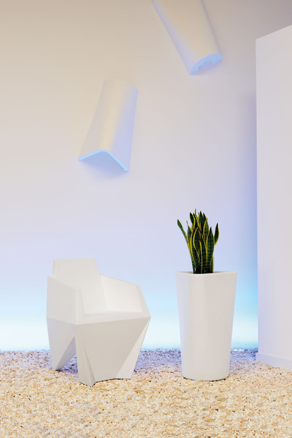Gemma Armchair by Karim Rashid for B-LINE