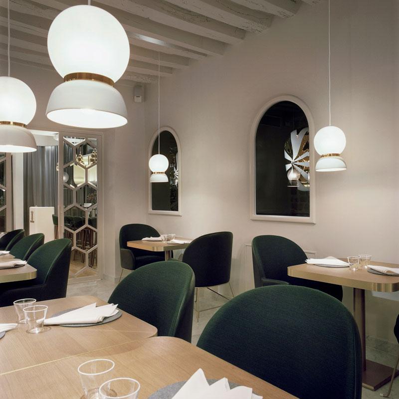 Le Sergent Recruteur Restaurant by Hayonstudio