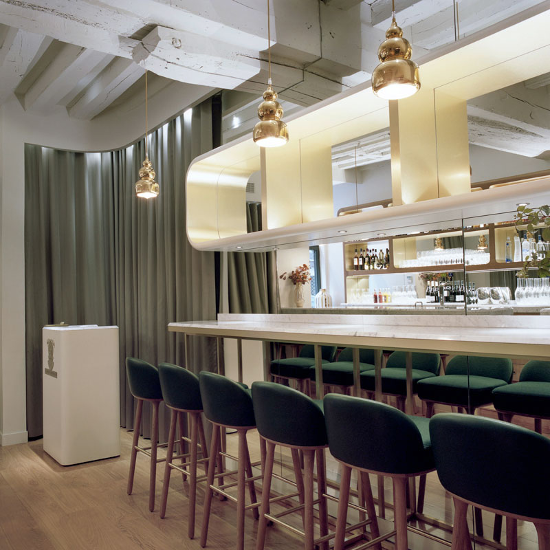 Le Sergent Recruteur Restaurant by Hayonstudio