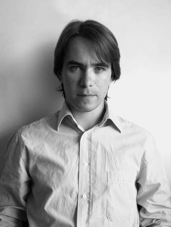 Designer Henrique Serbena