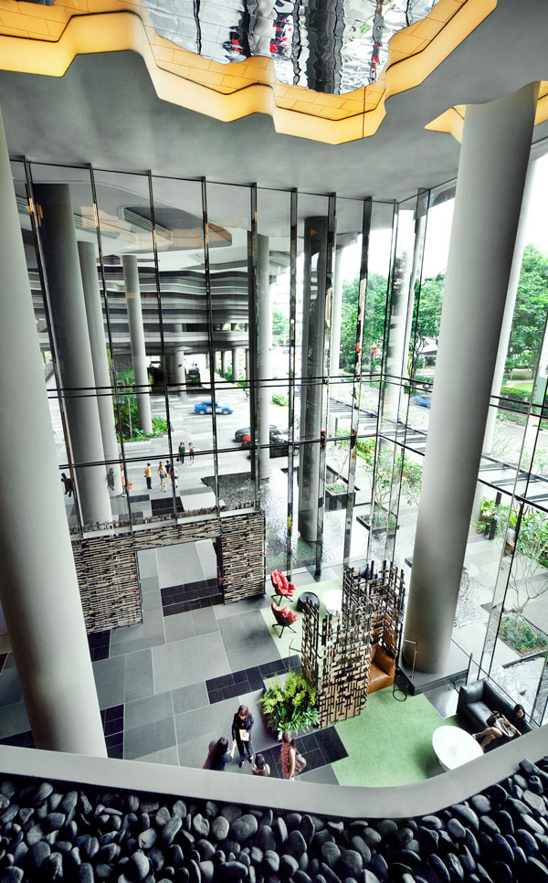 PARKROYAL on Pickering by WOHA - Hotel entrance and lobby from 2nd floor meeting spaces