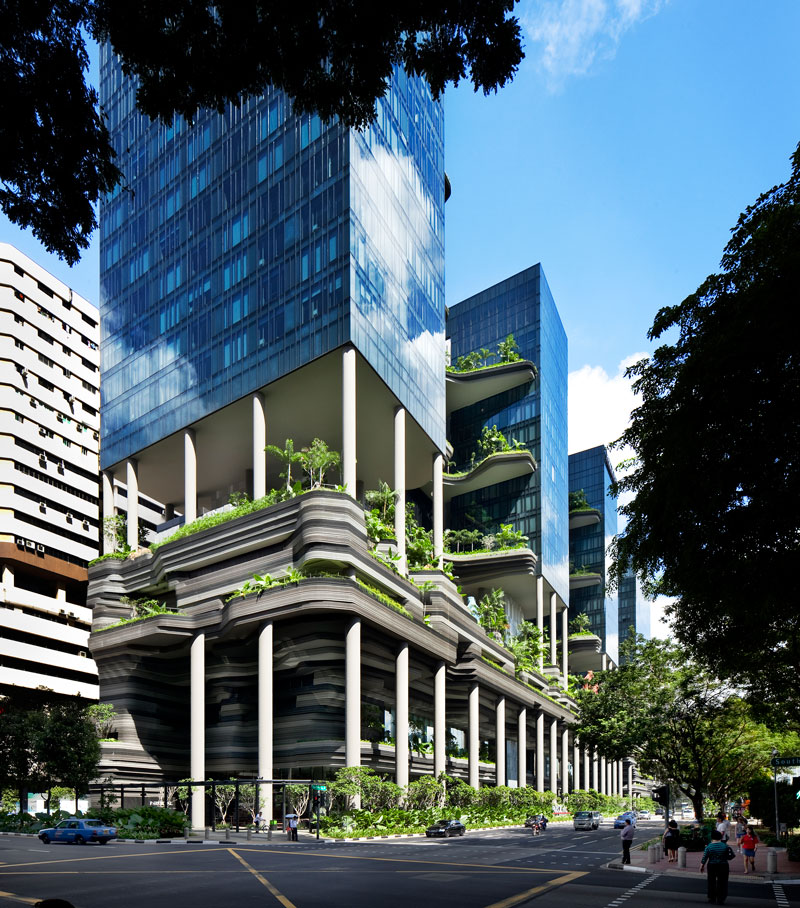 PARKROYAL on Pickering by WOHA - Street view from traffic junction