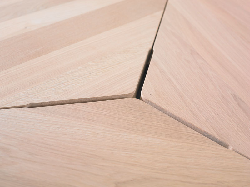Base Round Table by Jorre van Ast for Arco - Local Wood Collection - detail