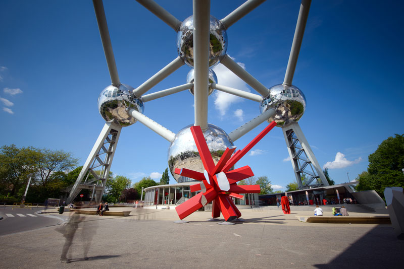 Arik Levy designs RockGrowth sculpture for Atomium in Brussels