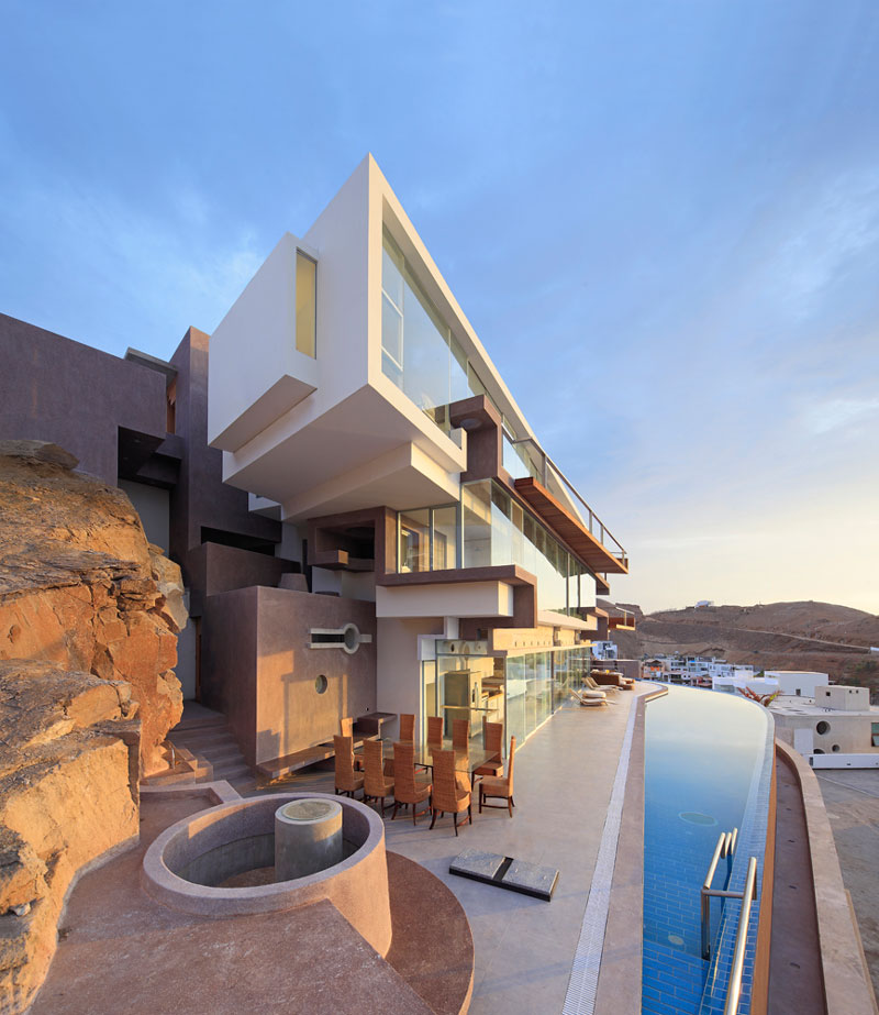 Veronica Beach House by Longhi Architects