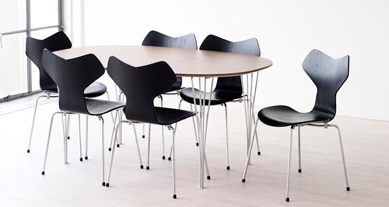 Arne Jacobsen Grand Prix chair - Fritz Hansen