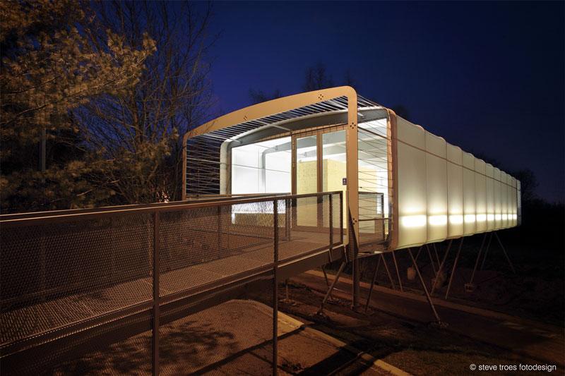 Building Economy Pavilion by Metaform architecture
