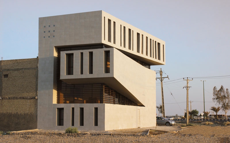 Abadan Residential Apartment by Farshad Mehdizadeh Architects - Iran - Completed Buildings - House