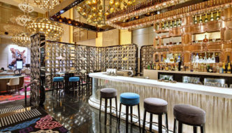 Lasvit Crystal Wall by Koncern Design Studio - Crown Casino Melbourne LCW - Atrium Bar