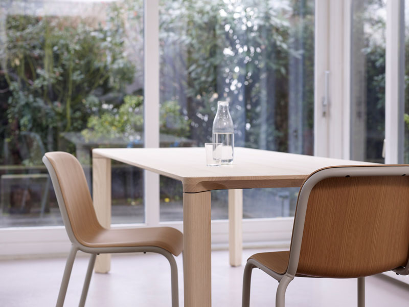 Joy Family - Gamma Table by Arco