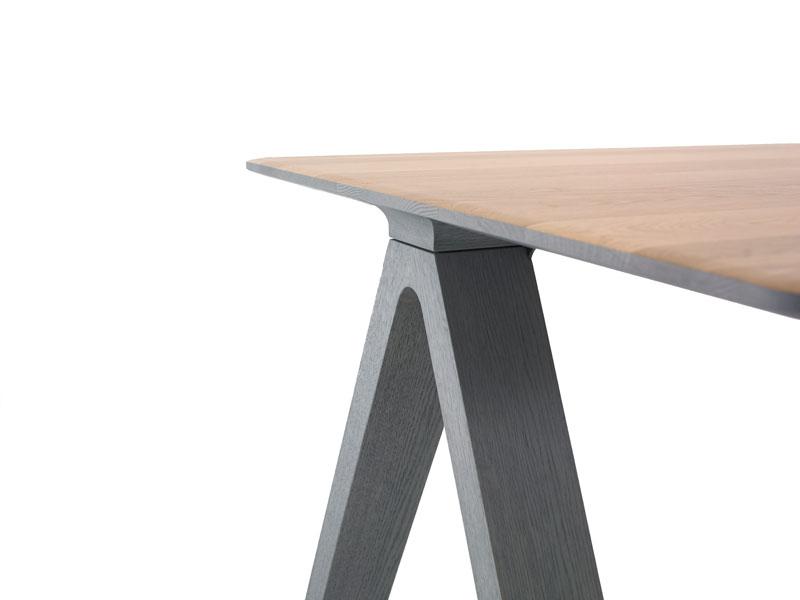 Joy Family - Delta Table by Arco