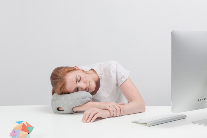 Ostrich Pillow Mini solves your napping problems