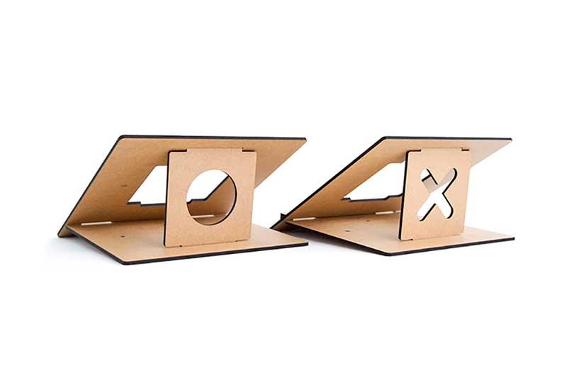 Vlad Butucariu reveals FLIO - an ultra slim wooden laptop stand