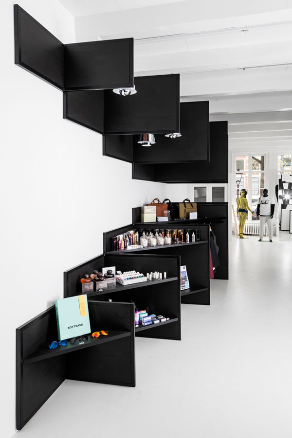 Shop 03 - Frame Store by i29 interior architects