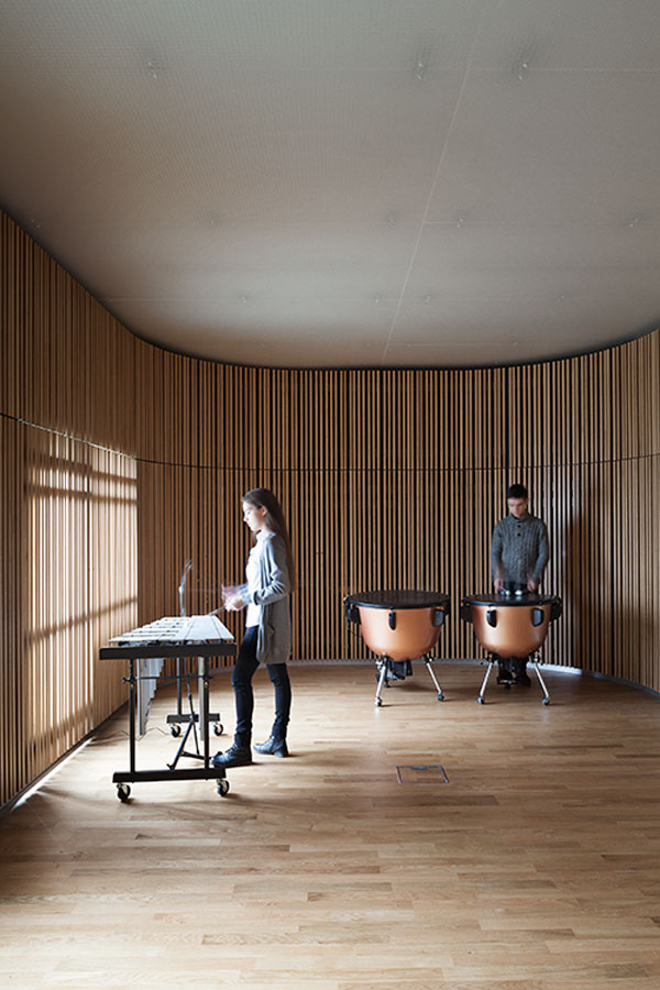 The sound space for percussion instruments - Sonorous Museum by ADEPT
