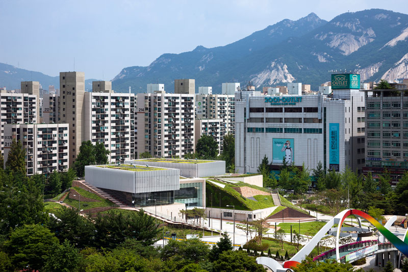 Buk Seoul Museum of Art by Samoo Architects & Engineers