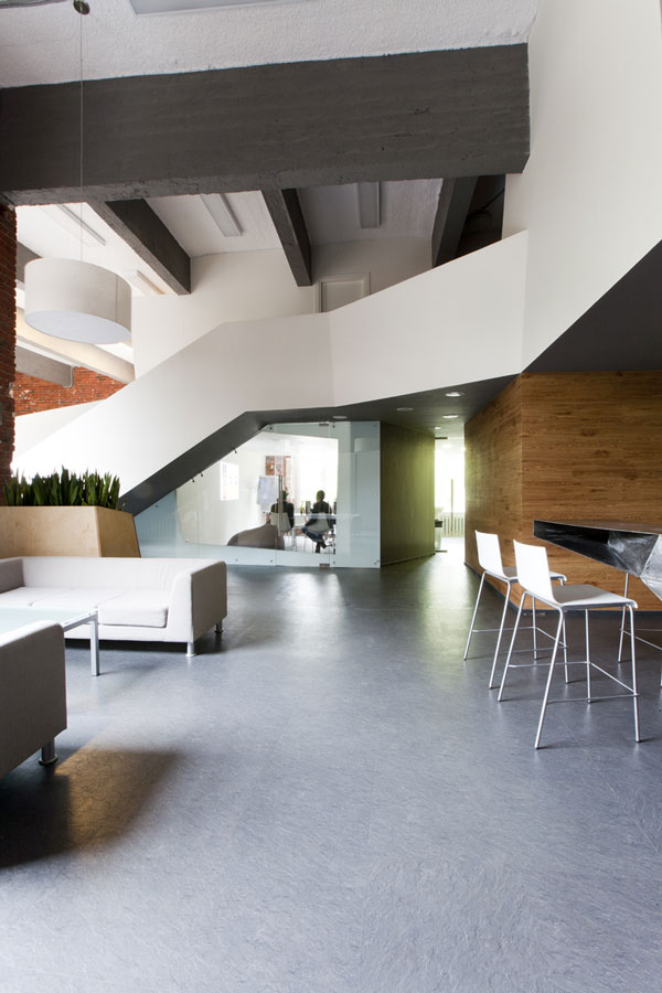Brand agency Svoyo mneniye office by za bor architects