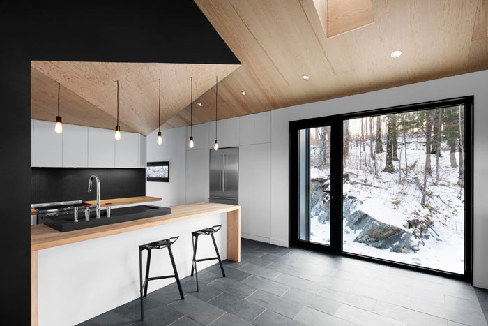 Bolton Residence by _naturehumaine