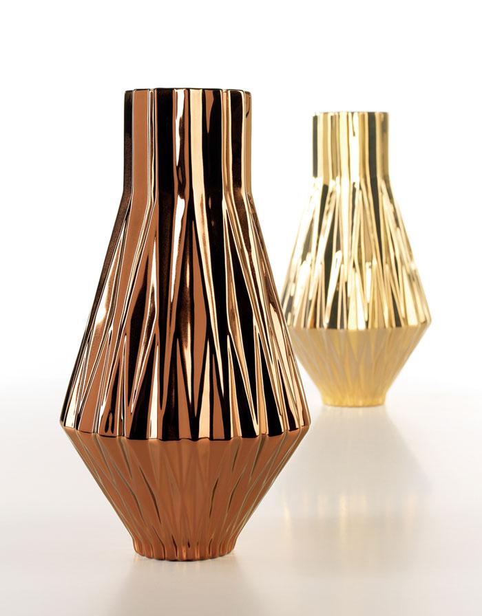 Cobre Vase by Home Living Ceramics