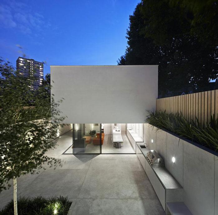 Garden House by De Matos Ryan