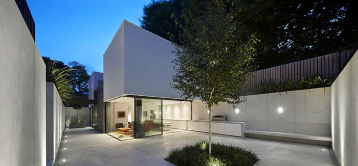 Garden House by De Matos Ryan