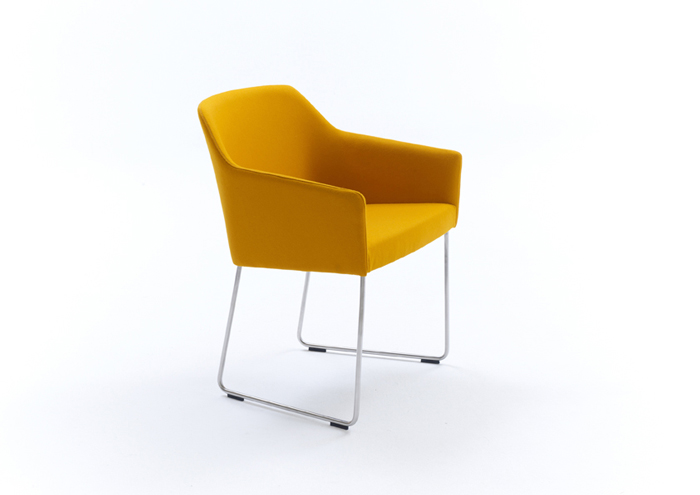 Sketch regular chair by Arco
