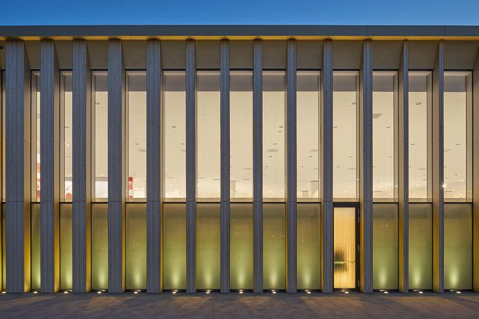 't Loon shopping complex in Heerlen, Netherlands by Powerhouse Company