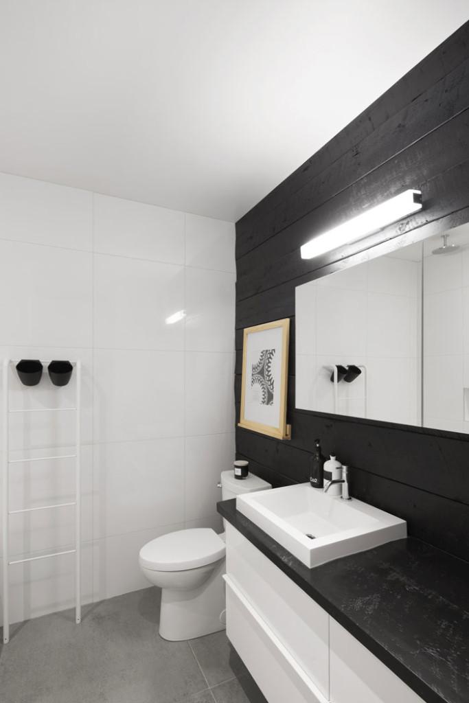 867 De Bougainville apartment by Bourgeois / Lechasseur Architects