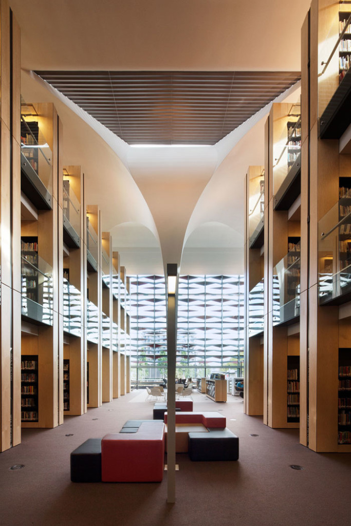 Bankstown Library and Knowledge Centre by Francis-Jones Morehen Thorp - Atrium
