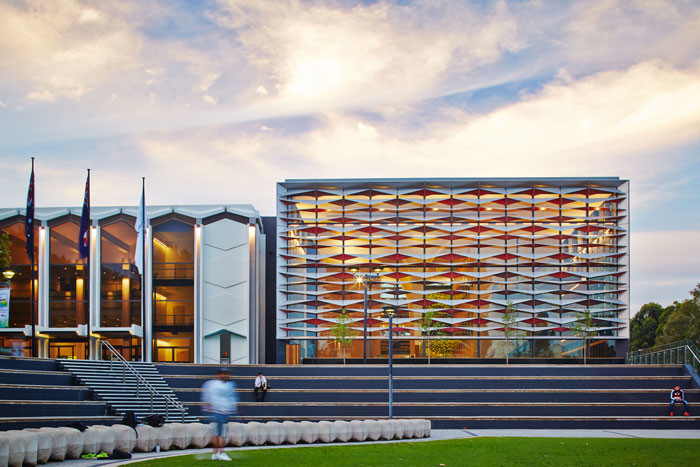 Bankstown Library and Knowledge Centre by Francis-Jones Morehen Thorp