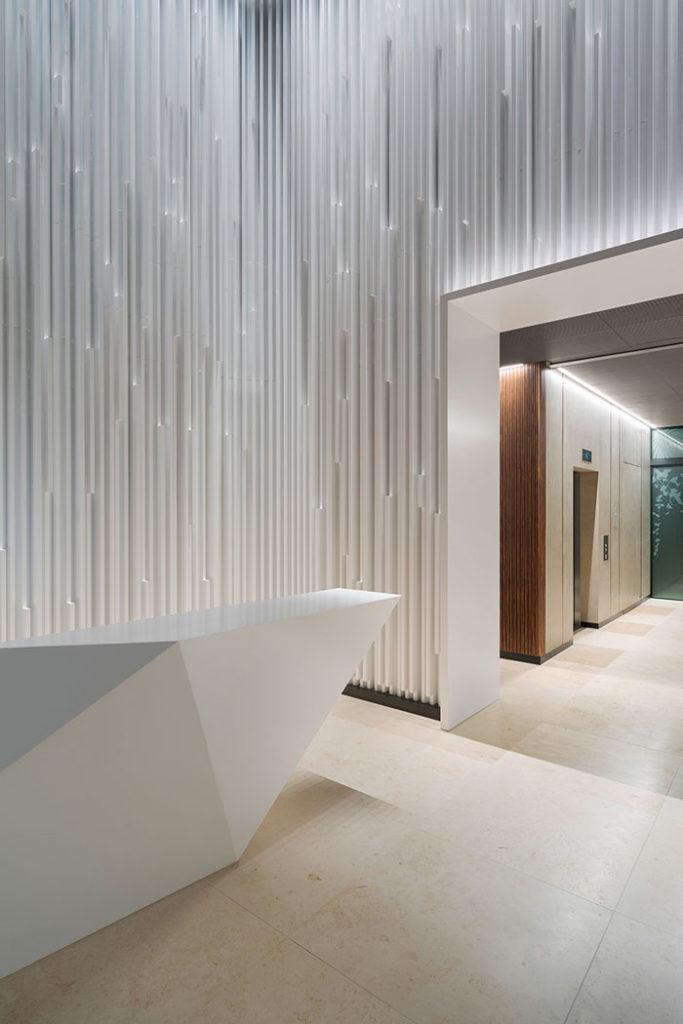 Ippolito Fleitz designs sculptural lobby