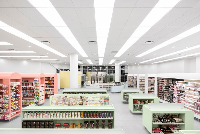 Jean de Lessard brings Feng Shui into Montreal pharmacy
