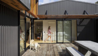 offSET Shed House by Irving Smith Jack Architects