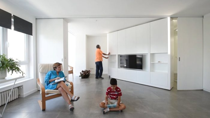 VIDEO: A house that transforms within minutes